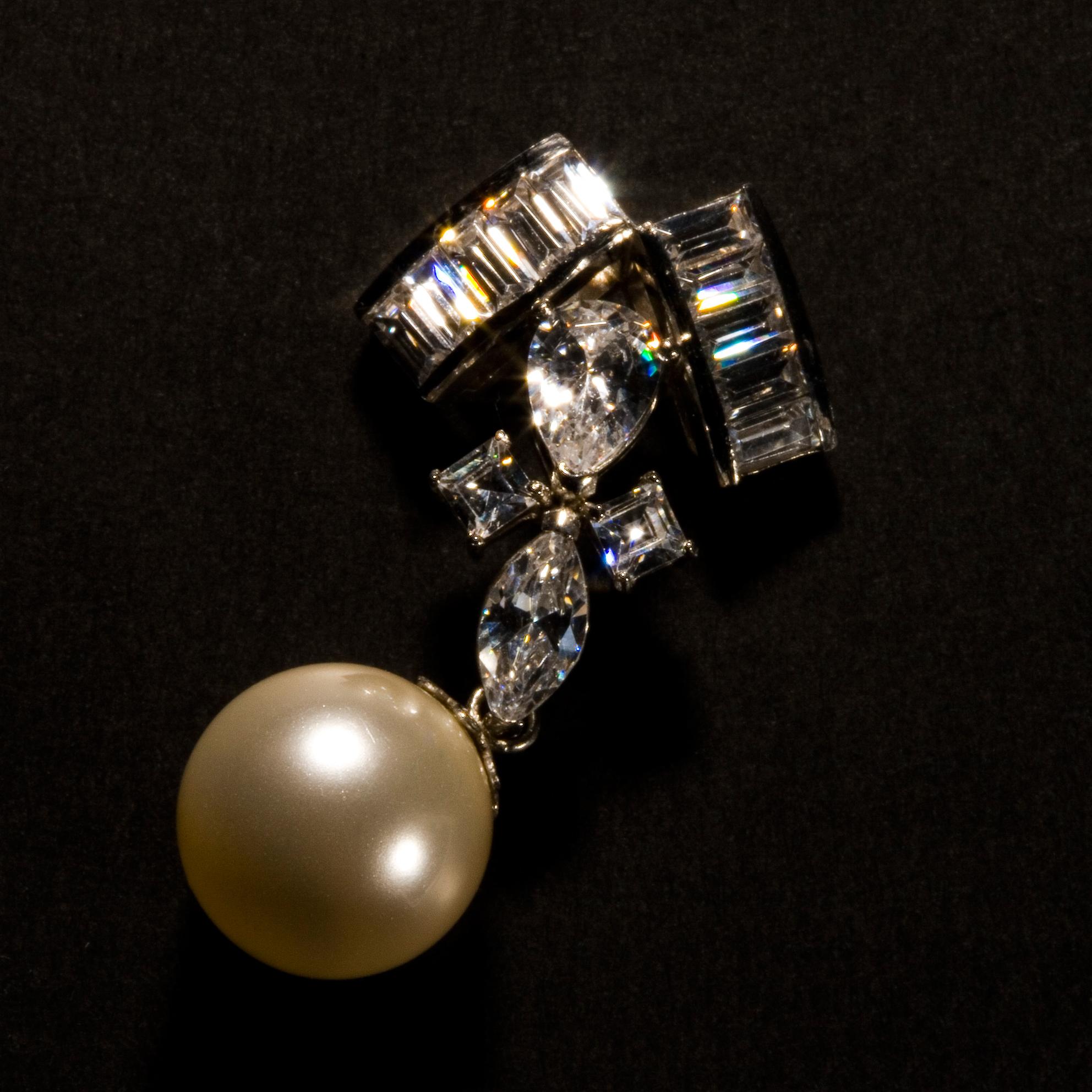 Platinum Pearl Necklass
